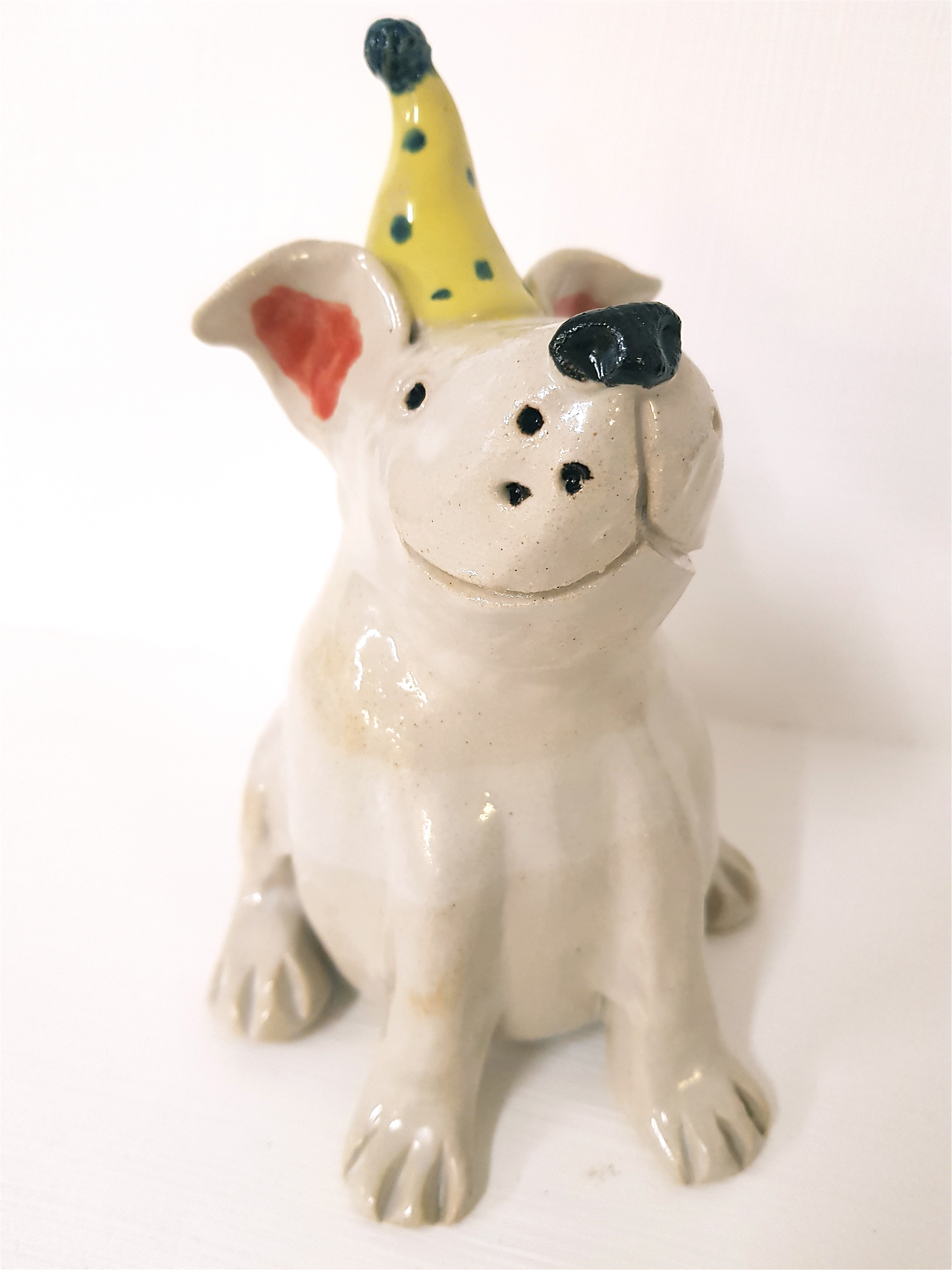 Keramikhund mit Zipfelmütze, Unikat, handmodelliert, handbemalt, Töpferei, La ceramica